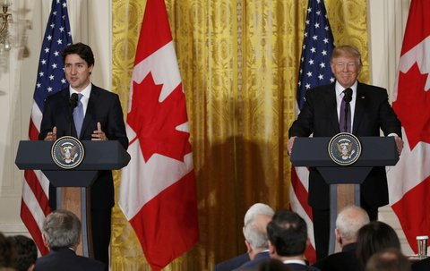 Canadian Prime Minister Trudeau and U.S. President Trump participate in joint news conference at the White House in Washington X00157 / REUTERS