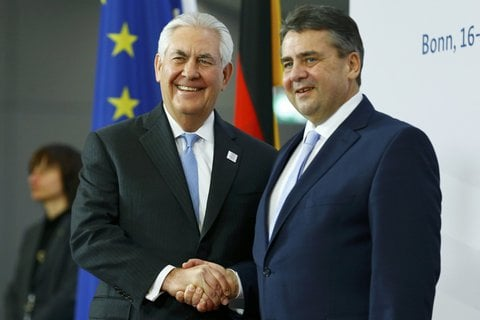 Beim G20-Außenministertreffen in Bonn trifft Sigmar Gabriel auf seinen US-Kollegen Rex Tillerson.