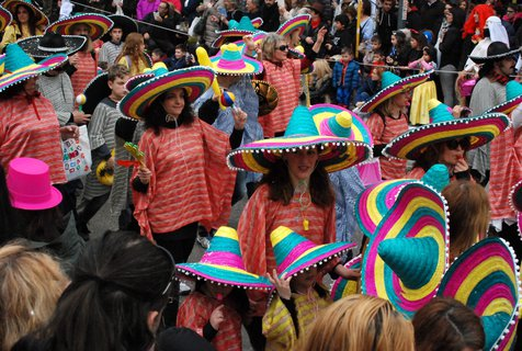 Fasching in Athen. Foto: dpa/ Alexia Angelopoulou