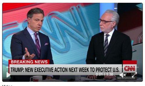 Jake Tapper (links) und Wolf Blitzer von CNN