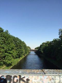 Schöner Blick auf den Teltowkanal von der Brücke am Edenkobener Weg.