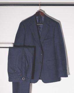 Der blaue Anzug von Sal.