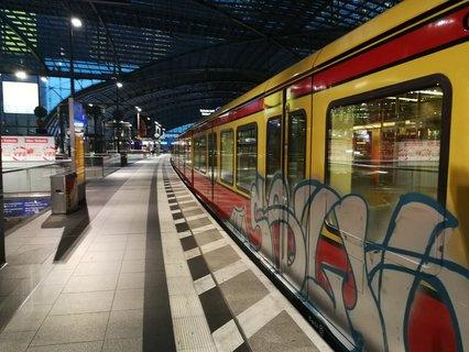Stillstand am Hauptbahnhof: Regionalzüge und S-Bahn fahren momentan nicht