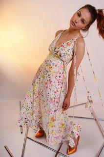 Handbemaltes Kleid von Starstyling.
