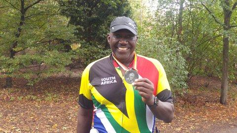 Marathon-Läufer Roosevelt Giles im Tiergarten