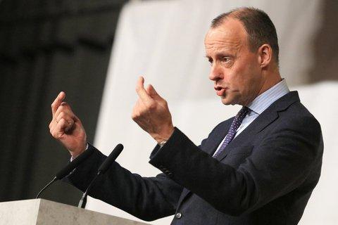 Merz, Vizepräsident des Wirtschaftsrates der CDU, spricht als Gast auf dem kleinen  Parteitag der CDU Sachsen-Anhalt.