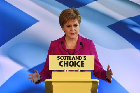 Nicola Sturgeon, Chefin der Scottish National Party (SNP) und Erste Ministerin Schottland, spricht am heutigen Freitag in Edinburgh.