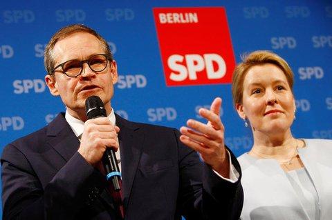 Michael Müller auf der Pressekonferenz