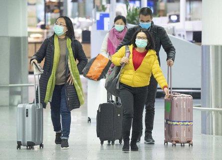 Durch das Coronavirus sinken die Passagierzahlen.