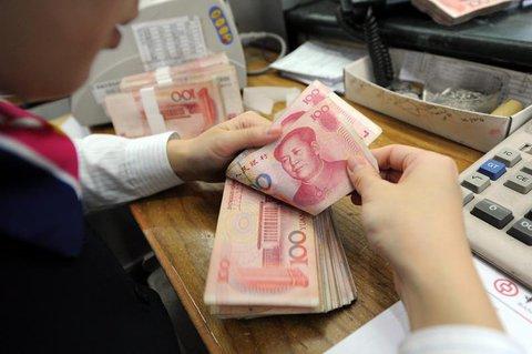 Gebrauchte Geldscheine sollen desinfiziert werden.