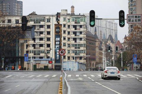 Eine Straße in Wuhan in der Provinz Hubei (Archivbild).