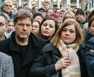 Grünen-Chef Habeck bei einer Gedenkveranstaltung für die Opfer von Hanau in Hamburg.
