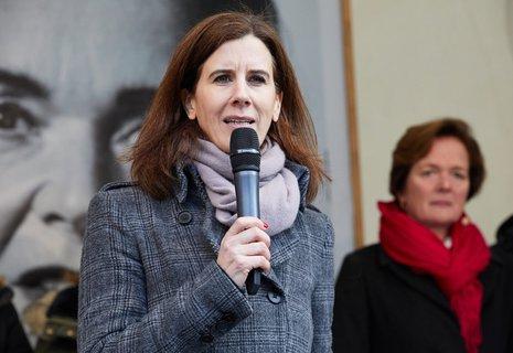FDP-Landeschefin von Hamburg, Katja Suding, spricht bei einer Wahlkampfveranstaltung.