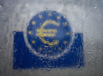 Alles, nur nicht im Regen stehen: Die EU sucht nach Lösungen für die Wirtschaftskrise.