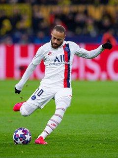 Jetzt auch Spender. Fußballer Neymar.