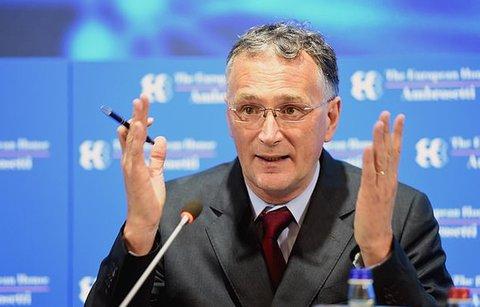 Mauro Ferrari, Chef des EU-Forschungsrates, beklagt sich über ausgeblieben Unterstützung in der Coronavirus-Krise.