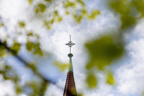 Gottesdienste dürfen wieder gefeiert werden.