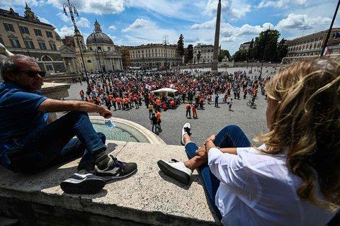 Die Piazza del Popolo in Rom.