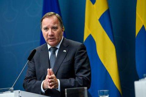 Schwedens Premierminister Stefan Lofven bei einer Pressekonferenz zum Krisenmanagement des Landes.