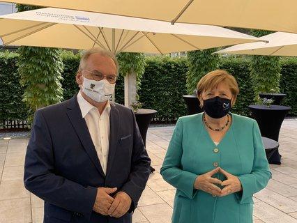 Angela Merkel und Reiner Haseloff.