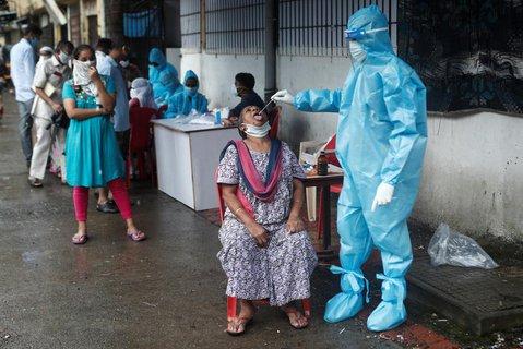 Eine Corona-Teststation im indischen Mumbai