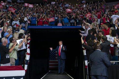 Trump bei seiner Wahlkampfveranstaltung im Juni in Tusla, Oklahoma.