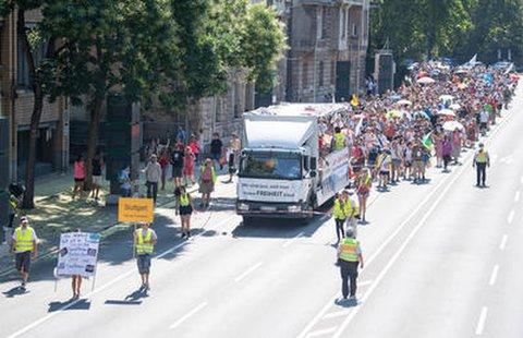 Demo gegen die Corona-Regeln in Stuttgart