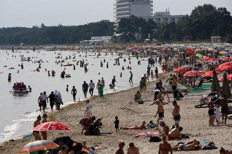 Der Timmendorfer Strand ist auch heute gut besucht.