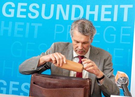 Der Chef des verantwortlichen Bayerischen Landesamtes für Gesundheit und  Lebensmittelsicherhei: Andreas Zapf.