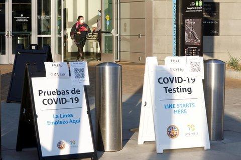 Eingang zu einem Testzentrum in San Diego.