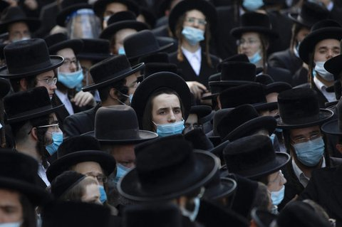 Unter ultraorthodoxen Juden gibt es besonders viele bestätigte Infektionen.