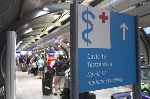 Covid-19-Teststation am Flughafen Frankfurt/Main