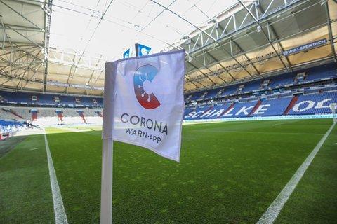 Bleiben die Corona-Zahlen so hoch wie jetzt, bleibt das Schalker Stadion am kommenden Samstag leer.