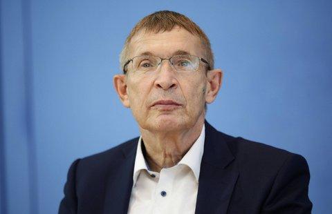Klaus Cichutek, Chef des Paul-Ehrlich-Instituts