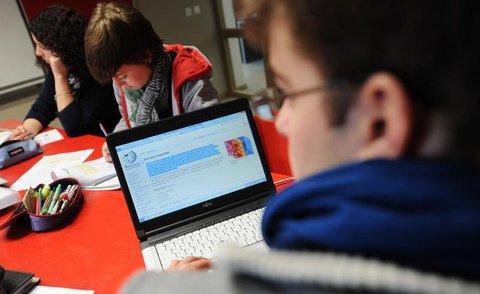 Nach Laptops für Schüler soll es nun auch Laptops für Lehrer geben.
