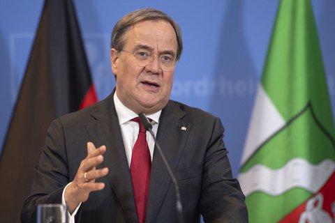 Will zum 1. Oktober ein Bußgeld für falsche Kontaktdaten beim Restaurantbesuch einführen: NRW-Ministerpräsident Armin Laschet