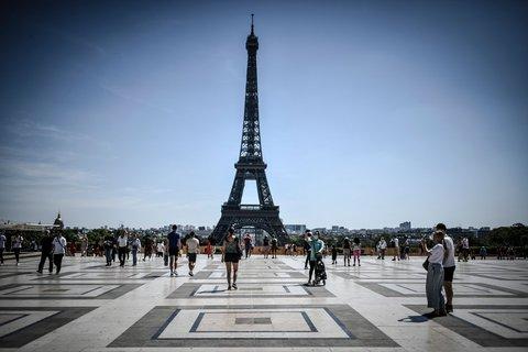 Paris ist in Frankreich besonders stark von der Corona-Pandemie betroffen.