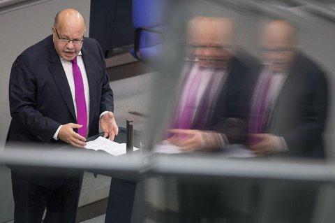 Bundeswirtschaftsminister Peter Altmaier (CDU) spricht im Bundestag.
