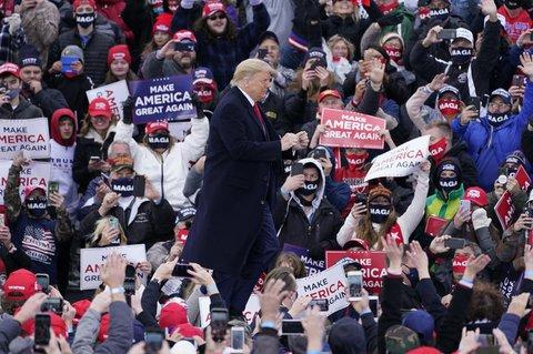 Donald Trump bei seinem Auftritt in Muskegon in Michigan.