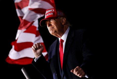 Donald Trump bei seinem Auftritt in Janesville in Wisconsin.