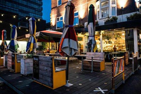 Eine geschlossene Bar in Eindhoven.