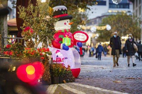 Der Handel fürchtet ums Weihnachtsgeschäft.