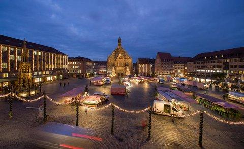 Blick auf den Hauptmarkt in Nürnberg
