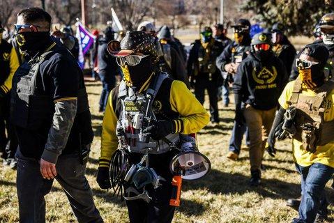 Mitglieder der rechtsradikalen Proud Boys am 6. januar in Washington.