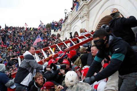 Unterstützer von Donald Trumo beim Sturm auf das Kapitol am 6. Januar.