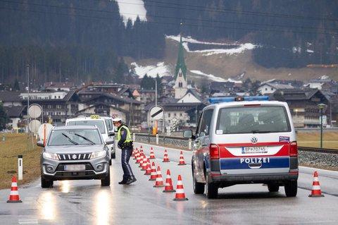 Für den Großteil Tirols wird die Ausreise auch weiterhin nur mit negativem Testergebnis möglich sein.