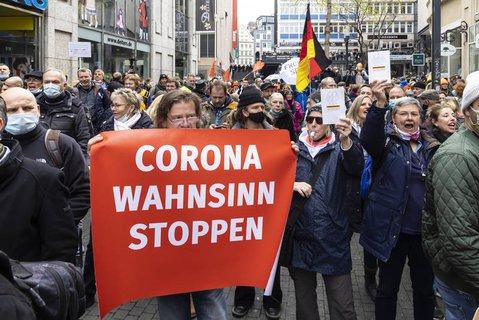 Protest gegen die Corona-Maßnahmen in Stuttgart
