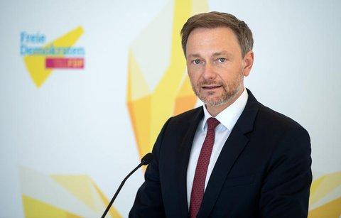 FDP-Chef Christian Lindner hält die Regeln zur Ausgangssperre für problematisch.