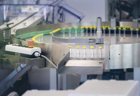 Ähnlich skeptisch wie der Verband reagierte am Donnerstag auch der Mainzer Impfstoffhersteller Biontech.