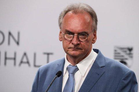 Sachsen-Anhalts Ministerpräsident Reiner Haseloff (CDU) will nach dem Erfolg bei der Landtagswahl seine neue Regierungunabhängig von bundespolitischen Erwägungenbilden.